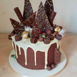 White Chocolate Drip and Chocolate Shards 3 Layer Cake