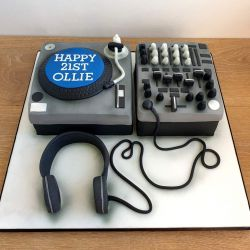 DJ Decks Cake