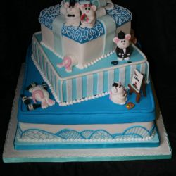 Mouse Present Wedding Cake. Approx 120 portions. £220