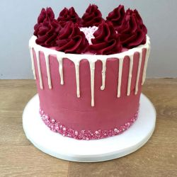 Piped Drip 3 Layer Cake
