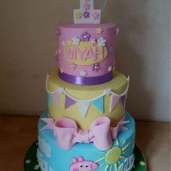 Peppa Pig 3 Tier Cake